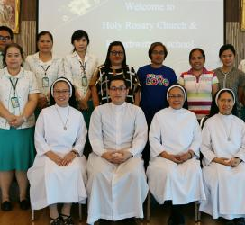 ซิสเตอร์และคุณครูจากประเทศฟิลิปปินส์